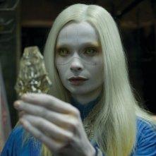Anna Walton in una scena del film Hellboy 2