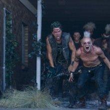Craig Conway in una scena del film Doomsday