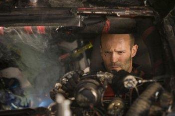 Jason Statham in una scena di Death Race