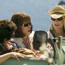 Julie Walters, Christine Baranski e Meryl Streep in una scena del musical Mamma Mia!