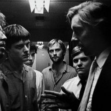 Toby Kebbell, Sam Riley, James Anthony Pearson, Joe Anderson, Harry Treadaway e Craig Parkinson in una scena del film Control