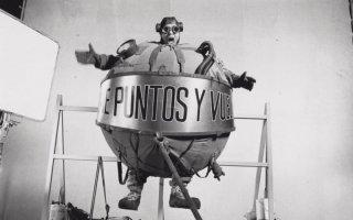 L'uomo palla del film La antena