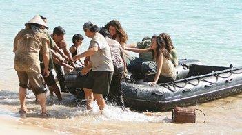 Gli Oceanic Six arrivano sull'isola di Membata nel finale della quarta stagione di Lost
