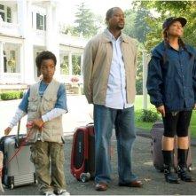 Eshaya Draper, Martin Lawrence e Raven-Symoné in una scena del film College Road Trip