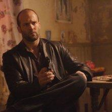 Jason Statham in una scena del film Rogue - Il solitario