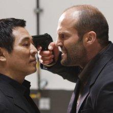 Jet Li e Jason Statham in una scena di Rogue - Il solitario