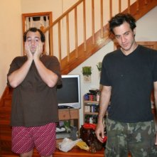 Steve Zissis e Ross Partridge in una scena del film Baghead