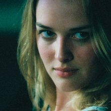 Jess Weixler in una scena del film Teeth - Denti