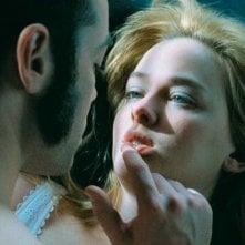 John Hensley e Jess Weixler in una scena del film Teeth