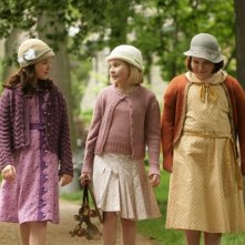 Madison Davenport, Abigail Breslin e Brieanne Jansen in una scena di Kit Kittredge: An American Girl