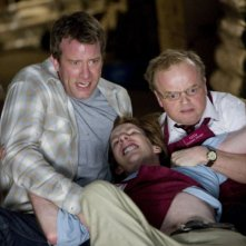 Thomas Jane, Chris Owen e Toby Jones in una scena del film The Mist, tratto da un racconto di Stephen King