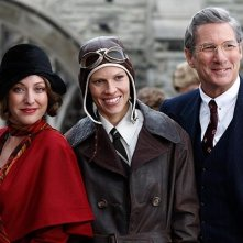 Virginia Madsen, Hilary Swank e Richard Gere in una scena del film Amelia