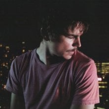 una immagine di Josh Hartnett in una scena del film I Come with the Rain