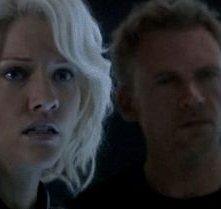 Tricia Helfer e Callum Keith Rennie nell'episodio Revelations della quarta stagione di Battlestar Galactica