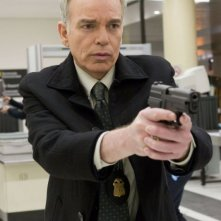 Billy Bob Thornton in una scena del film Eagle Eye