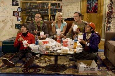 Il cast di The Big Bang Theory in una scena del pilot della serie