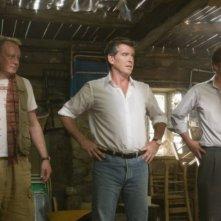 Stellan Skarsgård, Pierce Brosnan e Colin Firth in una scena del musical Mamma Mia!