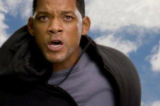 primo piano di Will Smith in una scena di Hancock