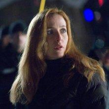 Gillian Anderson in una scena di X-Files: Voglio crederci