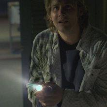 Derek Richardson in una scena del film Reeker - Tra la vita e la morte