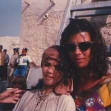 Eliana Giua e sua madre sul set di un film