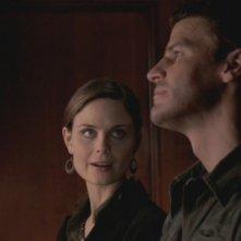 David Boreanaz ed Emily Deschanel nella serie tv 'Bones', episodio: Immunità diplomatica