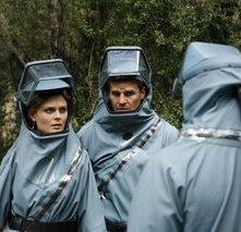 Emily Deschanel e David Boreanaz nell'episodio 'Ossa luminescenti' della serie tv 'Bones'