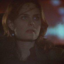 Emily Deschanel in una scena dell'episodio 'Scambio d'identità' della serie tv 'Bones'
