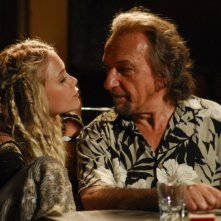 Mary-Kate Olsen e Ben Kingsley in una scena di The Wackness