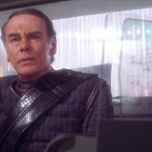 Dean Stockwell nel ruolo del Colonnello Grat nell'episodio 'Prigionieri' della serie tv 'Enterprise'