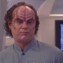 John Billingsley nel ruolo del Dott. Phlox nella serie 'Enterprise', episodio: Caro dottore