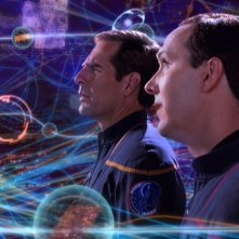 Matt Winston insieme a Scott Bakula nell'episodio 'Guerra temporale' della serie tv 'Enterprise'