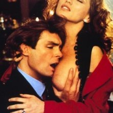 Serena Grandi e Ron Nummi in una scena erotica di Graffiante Desiderio