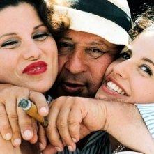 Tinto Brassi sul set di Monella con due sue scoperte: Serena Grandi e Anna Ammirati