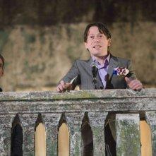 Anatole Taubman e Mathieu Amalric in una scena del film Quantum of Solace