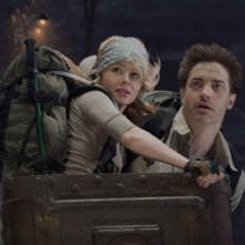 Anita Briem e Brendan Fraser in una sequenza del film Journey to the Center of the Earth 3D