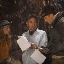 Anita Briem, il regista Eric Brevig e Brendan Fraser sul set di Journey to the Center of the Earth 3D