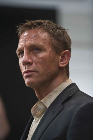 Daniel Craig in una sequenza del film Quantum of Solace, la nuova avventura dell'agente 007