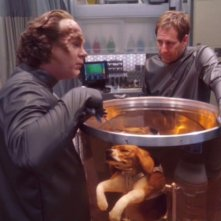 John Billingsley insieme a Scott Bakula nell'episodio 'Una notte in infermeria', nella serie tv 'Enterprise'