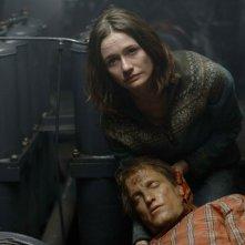 Emily Mortimer e Woody Harrelson in una sequenza di Transsiberian