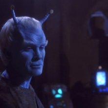 Jeffrey Combs nel ruolo del Comandante Andoriano Shran, nell'episodio 'La tregua' della serie 'Enterprise'