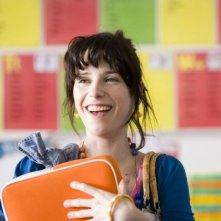 Sally Hawkins è la protagonista di Happy Go-Lucky