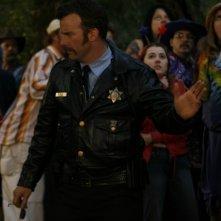 David Arquette in una scena di The Tripper