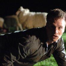 Nathan Meister in una sequenza di Black Sheep