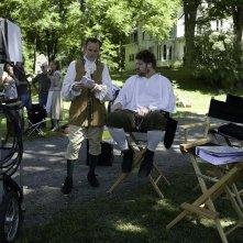 Il regista Clark Gregg e Brad William Henke sul set di Soffocare