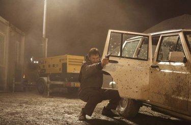 Liam Neeson in una scena del dramma Io vi troverò