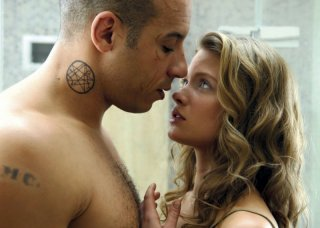 Vin Diesel e Mélanie Thierry in una scena del film Babylon A.D.