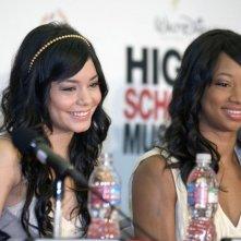 Vanessa Anne Hudgens e Monique Coleman alla conferenza stampa del 2 maggio 2008 per l'inizio delle riprese di High School Musica 3: Senior Year
