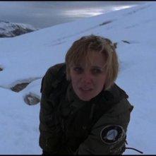 Amanda Tapping nei panni del brillante astrofisico Sam Carter nella serie Stargate SG-1, episodio: Naufragio planetario