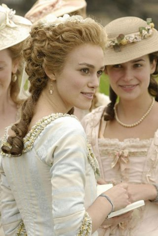 Keira Knightley in una sequenza del film The Duchess